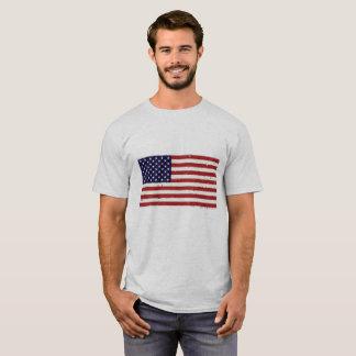 Camiseta El T de los hombres patrióticos de la bandera