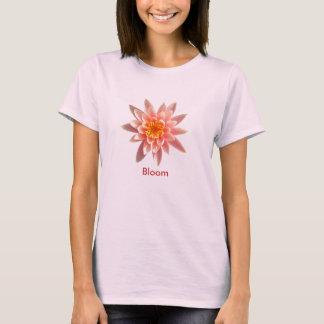 Camiseta El tanque de Lotus de la floración