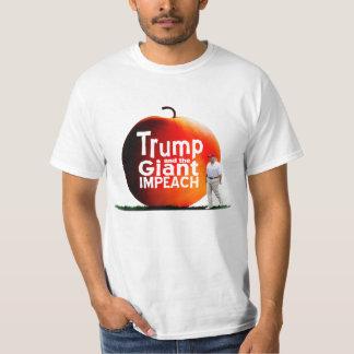 Camiseta El triunfo y el gigante acusan
