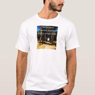 Camiseta El viaje más largo comienza con un solo paso
