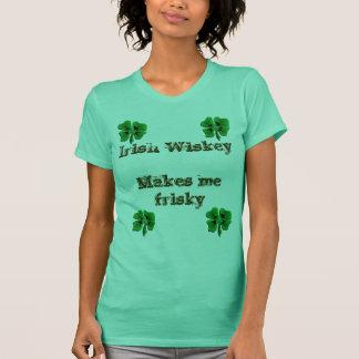 Camiseta el wiskey irlandés me hace juguetón - modificado