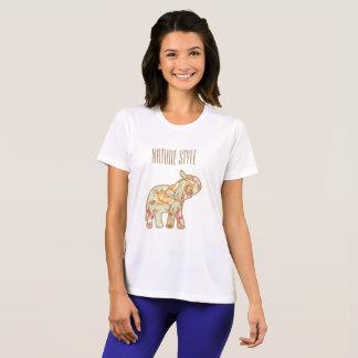 Camiseta Elefante del estilo de la naturaleza con el tronco