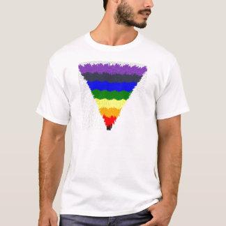 Camiseta Embudo ondulado del triángulo del arco iris de las