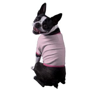 Camiseta en blanco del perrito de la plantilla camiseta con mangas para perro
