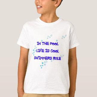 Camiseta En piscina la vida es fresca