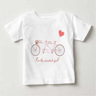 Camiseta en tándem del bebé de la bicicleta