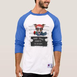 Camiseta Enchufe divertido Russell, perro del Mugshot