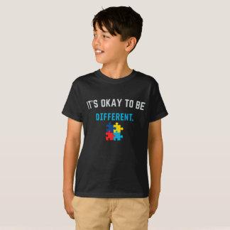Camiseta Es ACEPTABLE SER DIFERENTE - conciencia del