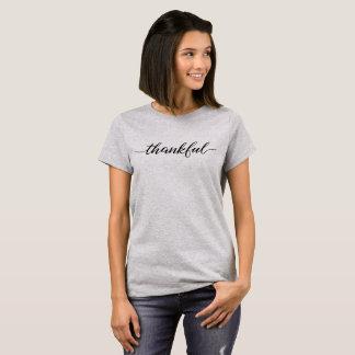 Camiseta Escritura agradecida, tipo negro