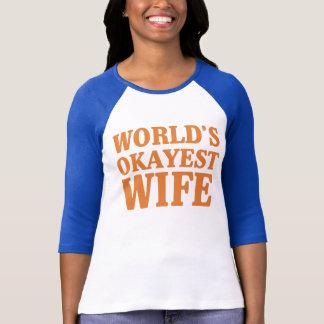 Camiseta Esposa de Okayest del mundo