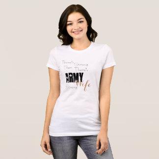 Camiseta Esposa fuerte del ejército