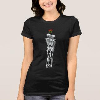 Camiseta esquelética del beso del muérdago
