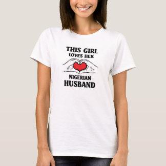 Camiseta Este chica ama a su marido nigeriano