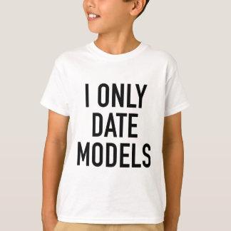 Camiseta Fecho solamente modelos