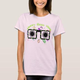 Camiseta feliz de la mujer del año del friki