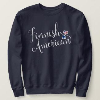 Camiseta finlandesa de los corazones de Entwinted