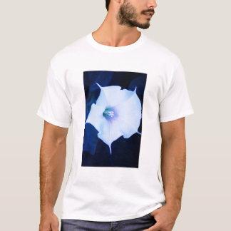 Camiseta flor de trompeta blanca del ángel