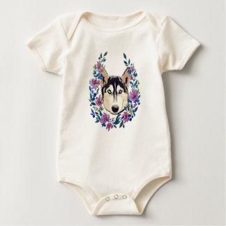 Camiseta floral fornida para el bebé