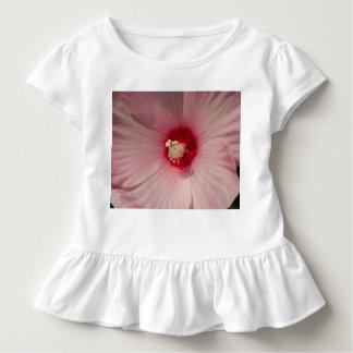 Camiseta floral rosada del volante del niño del