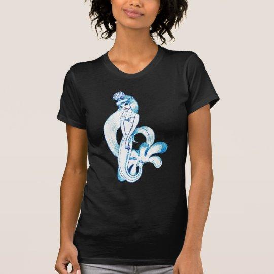 Camiseta Fondo azul claro de la sirena azul bonita