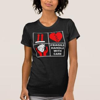 Camiseta Frágil dirija con el cuidado #6