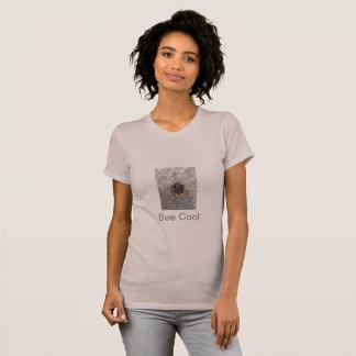 Camiseta fresca de la moda de la abeja