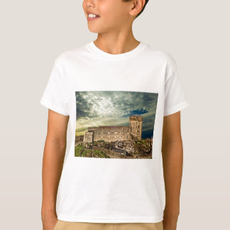 Camiseta Fuerte en la colina