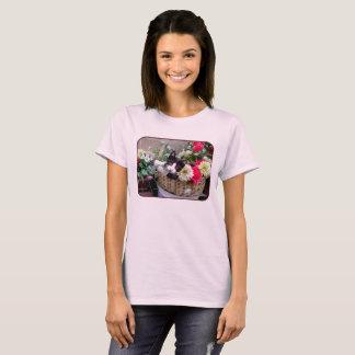 Camiseta Gatito en una cesta