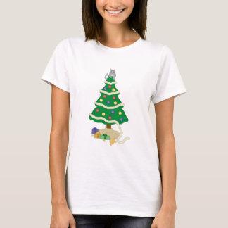 Camiseta Gato travieso del gatito del árbol de navidad