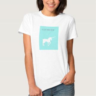 Camiseta gráfica del unicornio de la camiseta del