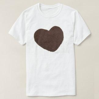 Camiseta Granos de café, amor puesto a tierra del corazón