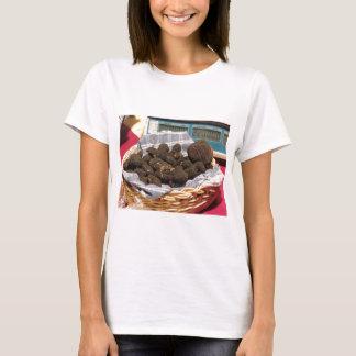 Camiseta Grupo de trufas negras costosas italianas