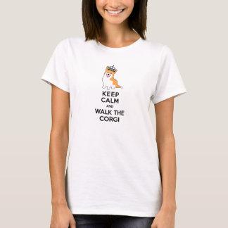 Camiseta Guarde la calma y camine el perro lindo del Corgi
