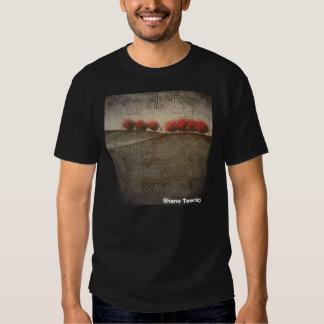 """""""Camiseta hecha de nuevo"""", productos de Shane Camiseta"""