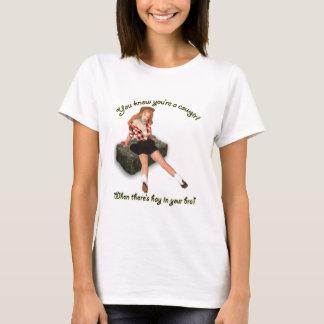 Camiseta Heno en el sujetador modelo