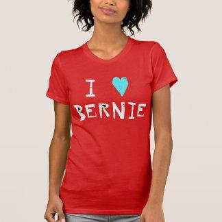 Camiseta I chorreadoras de Bernie del corazón