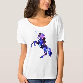 Camiseta Imagen brillante del unicornio hermoso rosado de