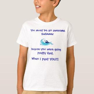 Camiseta impresionante del nadador