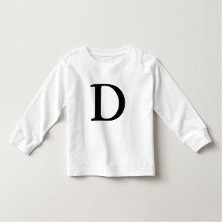 Camiseta inicial con monograma de la letra D