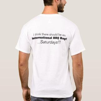 Camiseta internacional de sábados del día del Bbq