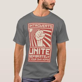 Camiseta Introverts unen por separado en sus propios
