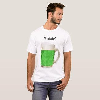 Camiseta irlandesa de la cerveza de los hombres