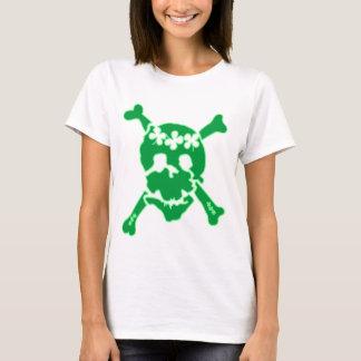 Camiseta irlandesa del cráneo del trébol