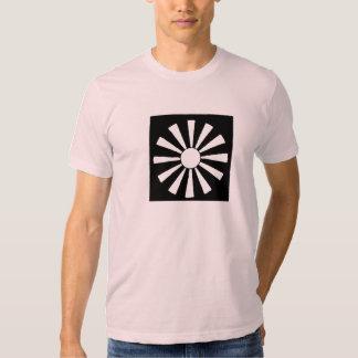 Camiseta japonesa del sol naciente