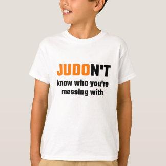 Camiseta JUDOn't sabe con quién usted está ensuciando
