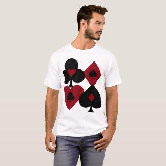 Camiseta Juegos rojos y negros de la baraja del póker