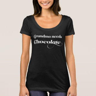 Camiseta La abuela necesita el chocolate