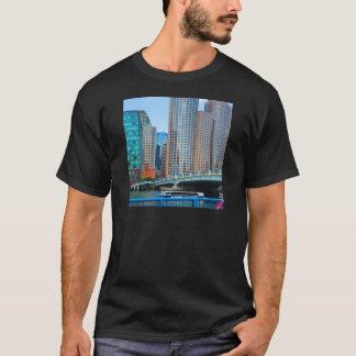 Camiseta La ciudad Landcape urbano de Boston se eleva