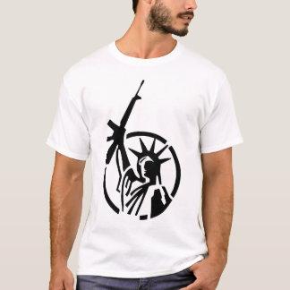 Camiseta ¡La estatua de la libertad que sostiene un AR-15