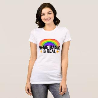 Camiseta La magia de Meme es real. .png